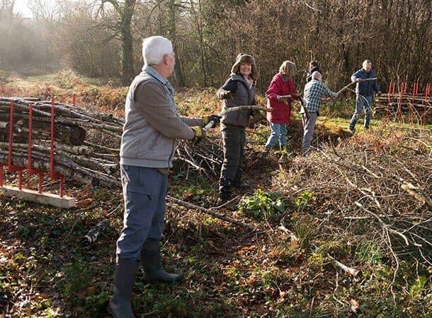 volunteer - Pondhead Conservation Trust volunteers