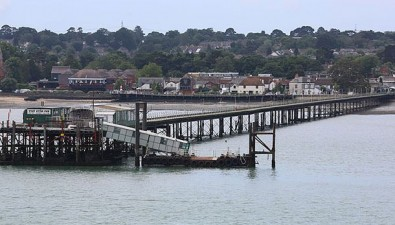 Hampshire County Council keeps Hythe Ferry afloat